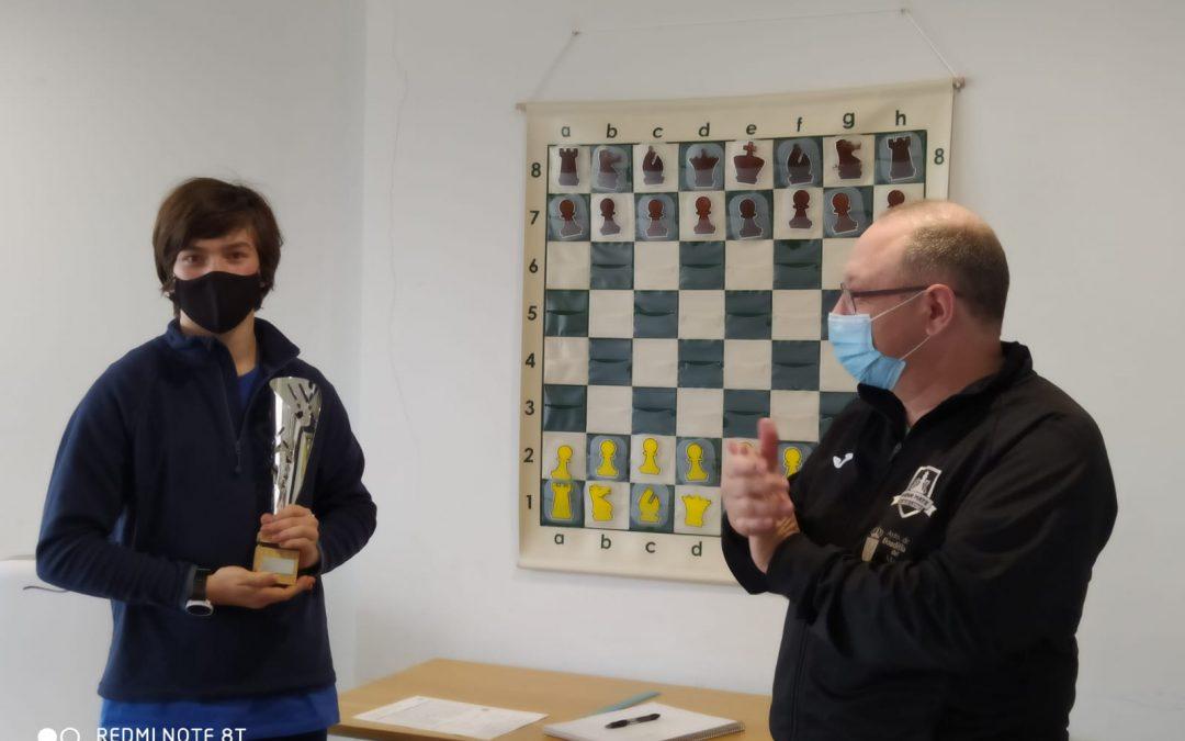 Yago Morata se proclama vencedor del  III Torneo Suizo Sub 1600 Club Jaque Mate